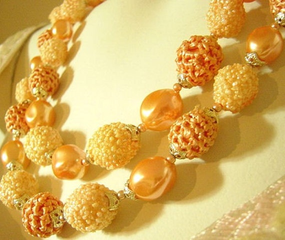 Vintage Peach Luster and Sugar Bead Necklace