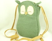 """Owl Bag Wool Messenger Bag Recycled Wool in Light Green with Adjustable Leather Strap Cotton Lining Eco Friendly Height 10"""""""