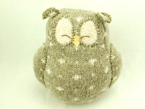 """Beige Grey Owl with White Spots Felted Wool Lamb Wool Stuffing Height 7"""" Eco Friendly Upcycled"""