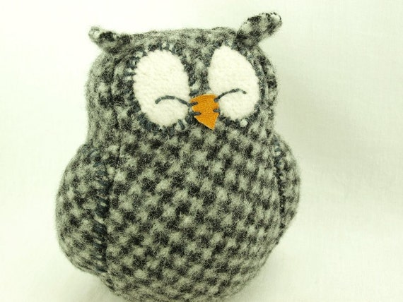 """Owl Sleepy Upcycled Sweater in Dark Grey and White Plaid Felted Wool Lamb Wool Stuffing Home Decor Soft Sculpture Eco Friendly Height 7"""""""