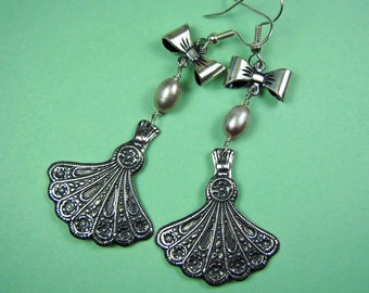 Victorian Fans Pearls and Bows Earrings