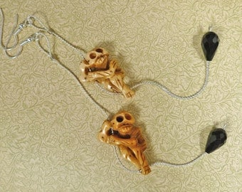Climbing Skeletons Shoulder Dusting Earrings bone silver black