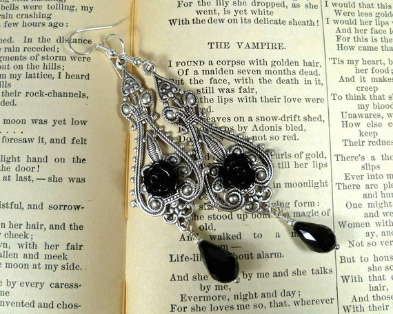 Silver Filigree and Black Roses Earrings - The Vampire