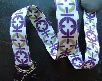 Sale, D Ring Belt, chain link in purple and lime, S/M