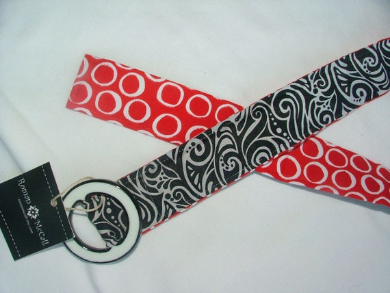 Reversible Belt, red circles and black swirl, size S/M