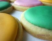 12 custom cookies