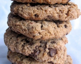 CRISPY CHOCOLATE CHUNK Cookies, 1/2 dozen