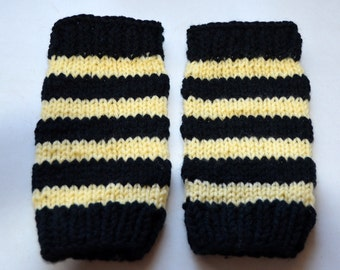 Hand Knitted Black and Yellow Bumble Bee Leg Warmers Infant Toddler Striped  Handmade Custom Photo Prop