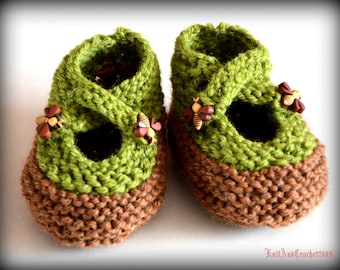 Baby Booties Baby Slippers Hand Knitted Avocado Green/Cacao Brown Infant Newborn Cross Strap Bee Buttons Wool Blend Mary Jane Baby Slippers