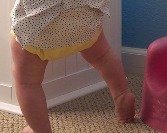 Kimono Sweet Bottoms yellow diaper cover with black polka dot bow - Baby girl sizes 0-18 months