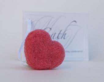 Heart Place Cards, needle felted wedding entertaining, Romantic Soft Wooly Name Place Seating Cards, pinkteamt