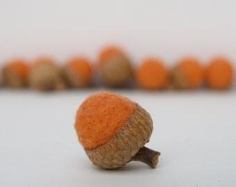 Felt Acorns for rustic Fall, Autunm, Halloween or Thanksgiving Decorating, Orange - 8