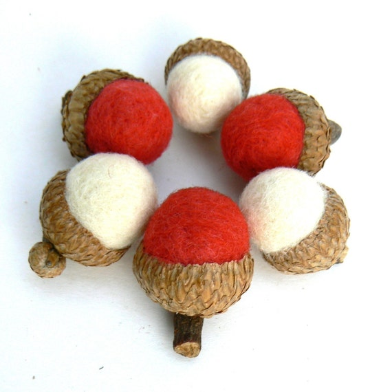 Christmas Acorns - Red and White - set of 8 - Waldorf Inspired.