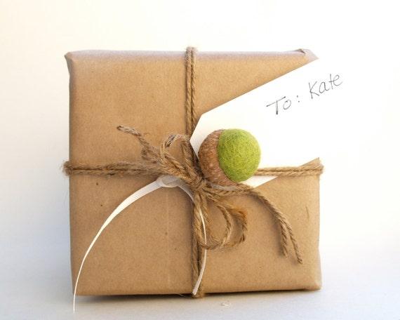 Acorn Gift Tags, Rustic Wonderland Christmas Gift Wrap, All Natural