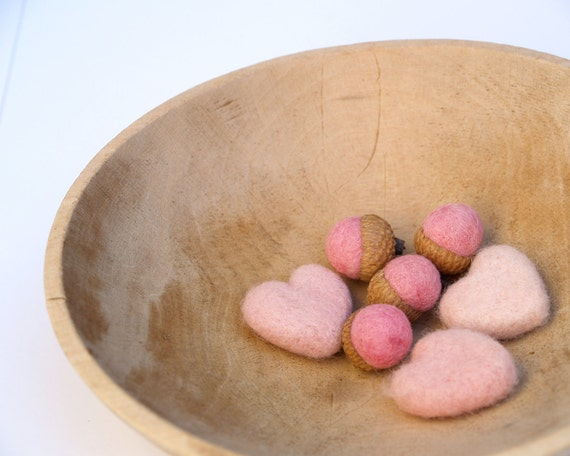 Love Hearts and Felted AcornsNeedle Felt Wool Love romantic gift home decor blushing baby Gift for Mom Wife Decorating, Christmas Gift