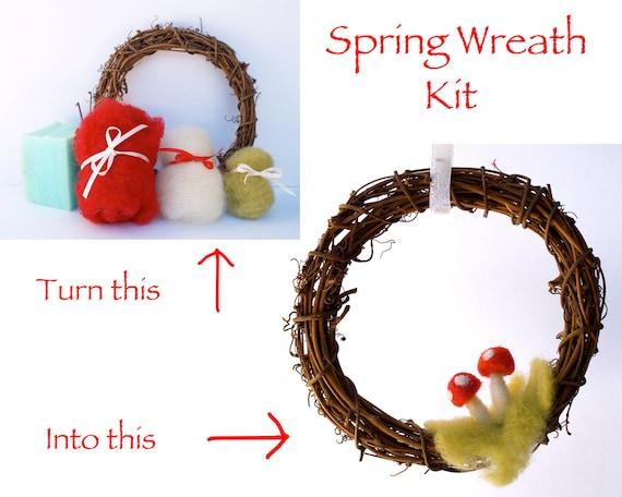 Needle Felting Kit Beginner - Wool - Starter Kit - Tools Needles - Toadstool Wreath Kit - DIY Craft Kit - Felt Tutorial - DIY Home Decor