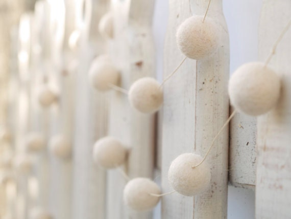 White Felt Wedding Garland ( snow banner country farm rustic woodland table decoration festive party felted ) 8ft