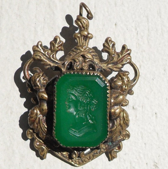 Victorian  Carved Cameo Pendant Brooch Green Glass with Cherubs Antique Vintage