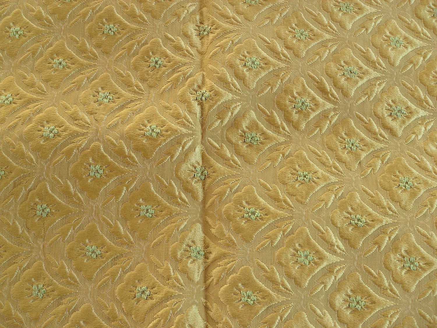 Vintage Upholstery Fabric Gold Raised Design Damask 1 5 Yards