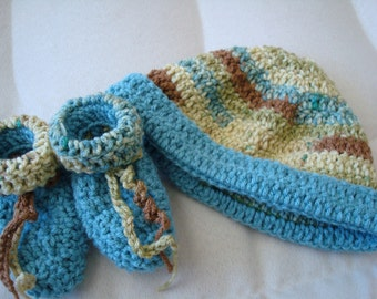 Hand-Stitched Toddler Boy Hat and Bootie Set - Meadow 199