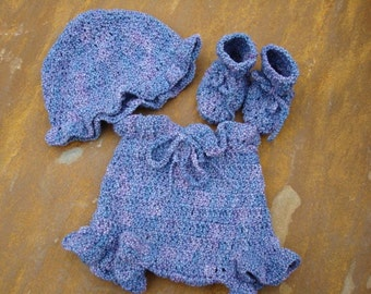 Shower Gift Set for Newborn Baby Girl - Hand-Painted Cotton - Hat, Booties, and Bloomers - Lavender 435