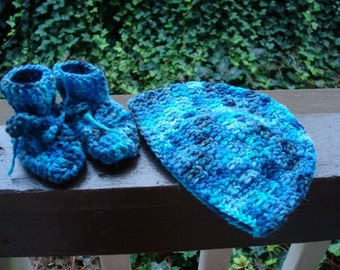 Wool Angora Hand Dyed - Newborn Baby Boy's Hat and Bootie Set - Pacific 479