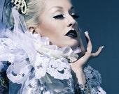 Elizabethan White Lace Collar
