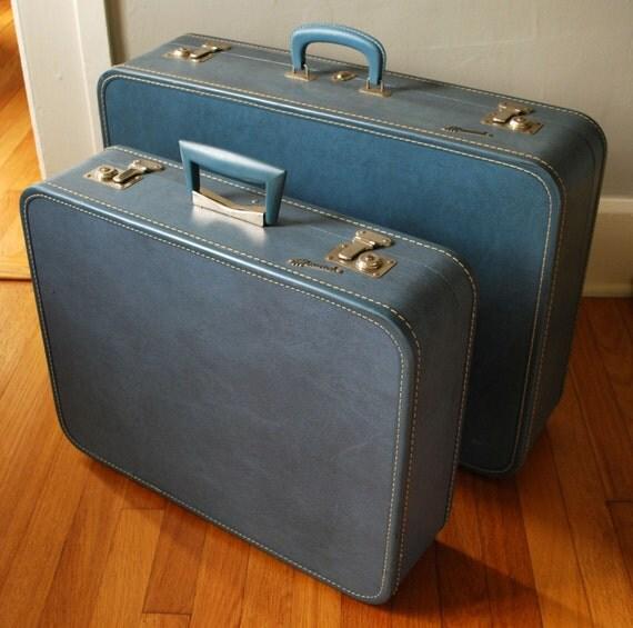 RESERVED FOR ASRIDHAKKENBERG Vintage BLUE Monarch SUITCASES with Keys