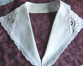 V-NECK VINTAGE COLLAR MADE OF GROSGRAIN FABRIC AND HAND MADE FABRIC LACE