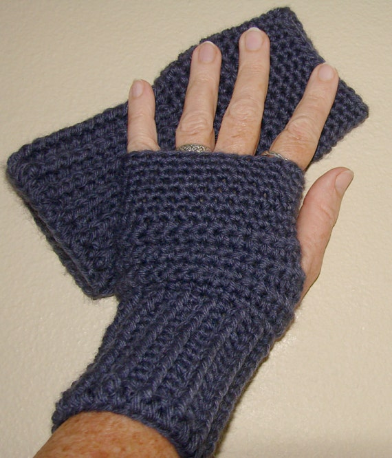 Crocheted Fingerless Gloves / Wrist Warmers - Violet