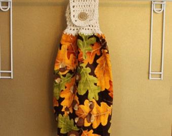 Oak Leaves and Acorns Crocheted Top Towel-KOE40