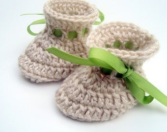 Crochet Baby Booties, Baby Girl Booties, Baby Boy Booties, Infant Baby Booties with Ties, custom MADE TO ORDER, go great with my bear hats