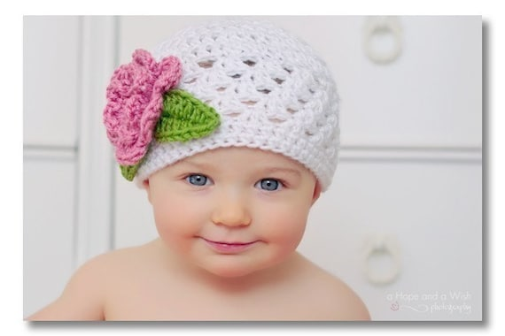 Crochet Baby Hat with Flower, Baby Girl Hat, Crochet Baby Hat, Newborn Hat, Infant Winter Hat, Crochet Hat, Girls Hat, White and Pink Hat
