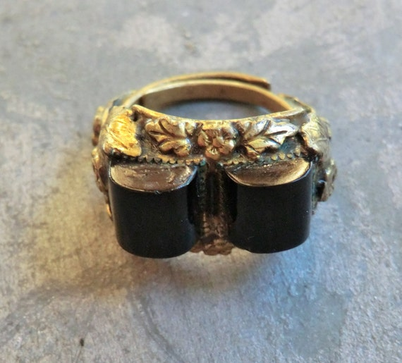 Vintage Art Deco Costume Ring with Domed Black Glass
