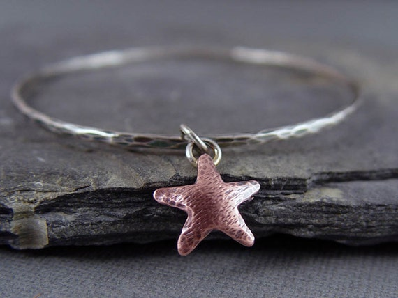 Copper Starfish Charm Bangle Bracelet, Beach Jewelry, ocean Jewelry, Starfish Charm, Gifts under 50, Gifts for her