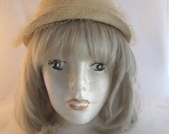 50s Off White Hattie Carnegie Straw Hat