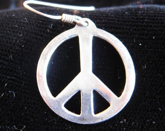 80s retro 60s peace symbol silver earrings