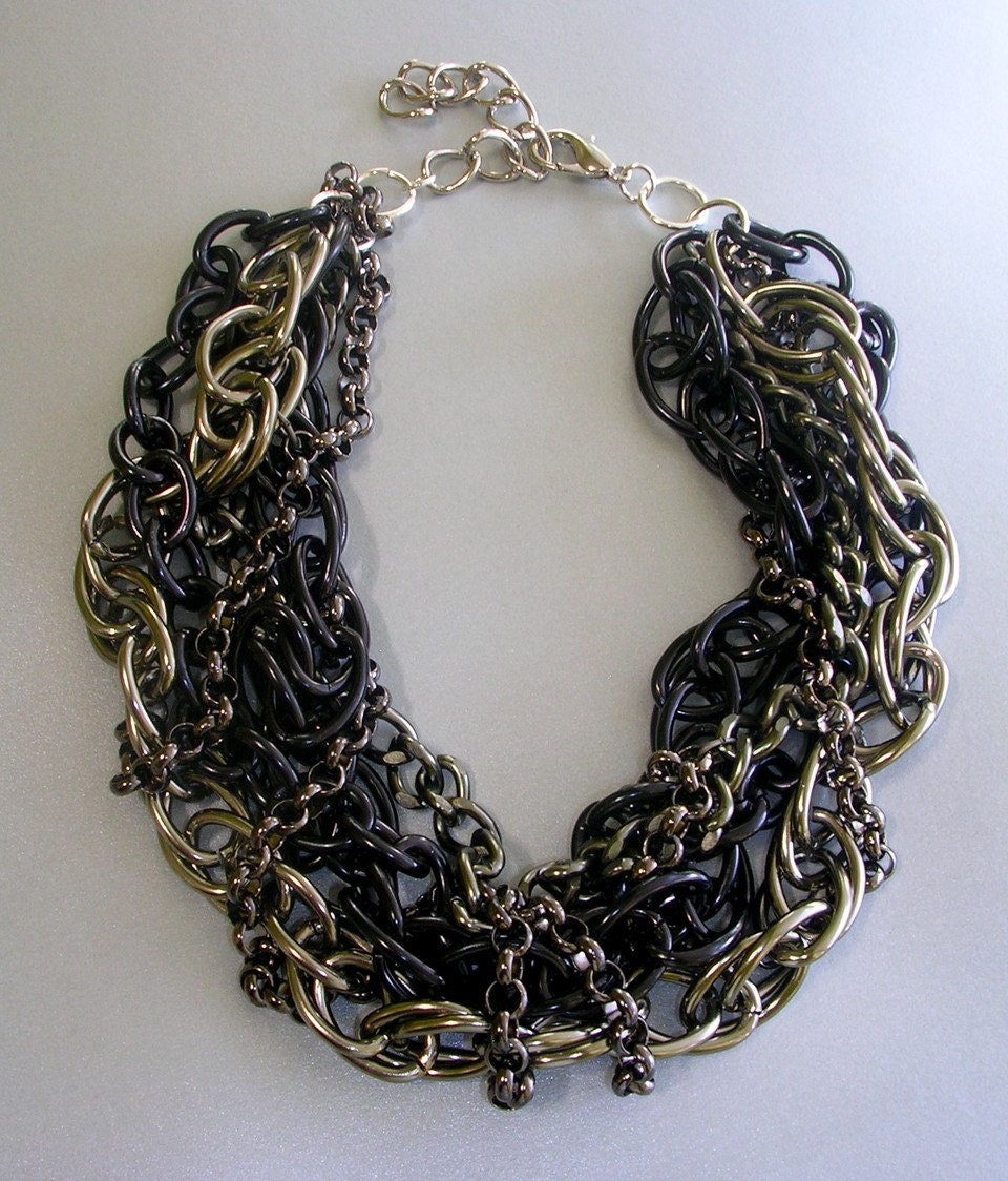 chunky black and gunmetal necklace
