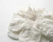 Felted flower Corsage Brooch in natural ivory white color wedding