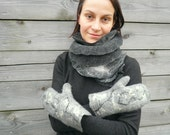Wool felted mittens Grey