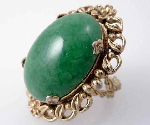 HALF OFF SALE ---- Vintage Golden FIligree Adjustable Ring with Giant Green Art Glass Stone