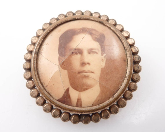 RESERVED for ryturrismith ---- Antique Gentleman Sweetheart Photograph Brooch