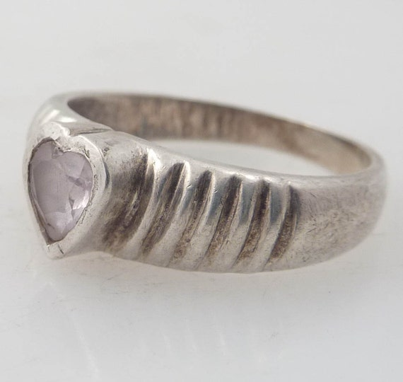 SALE --- Size 8 Glass Heart Vintage Sterling Ring