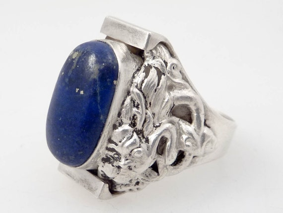 Size 9.75 Vintage Sterling Dragon from the Orient and Lapis Ring