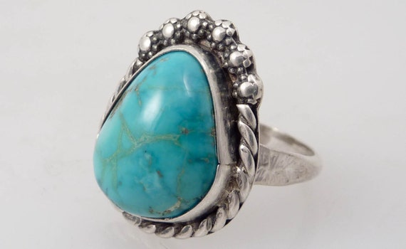 Size 8 Vintage Roped Sterling and Turquoise Ring