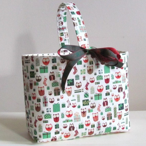 Christmas Gift Basket in Alexander Henry's Holiday Hoot and Loot Owls