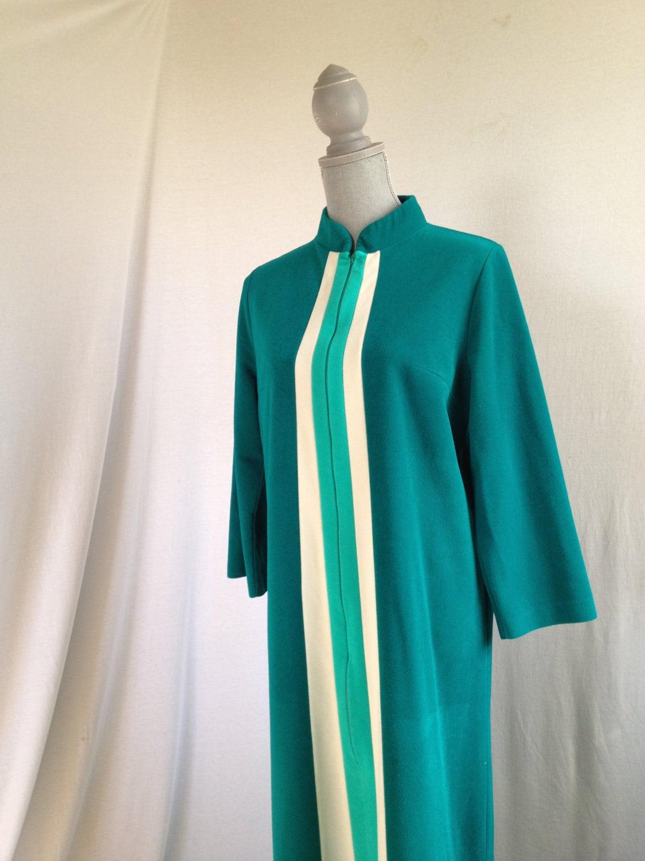 Vintage Vanity Fair Emerald A Line Velour Zip Up Robe