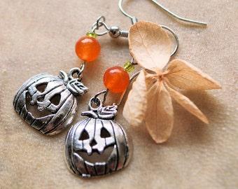 Halloween Dangle Pumpkin Jack-o-Lantern Earrings