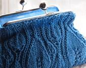 Knitting Pattern -  Leafy Clutch