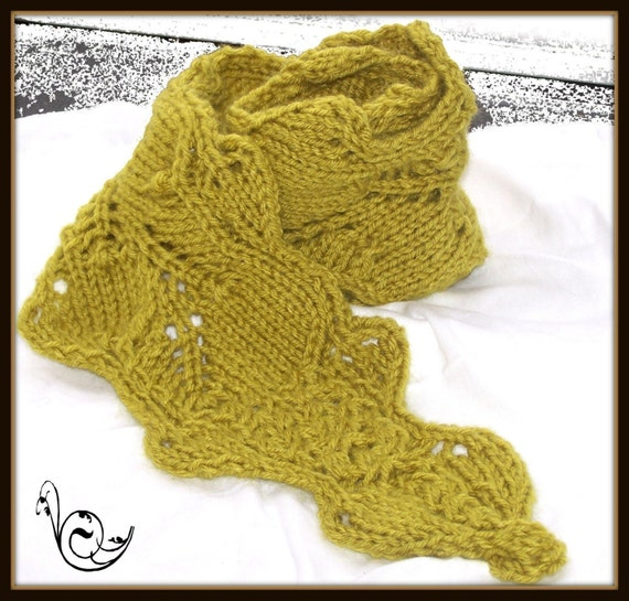 Daisy Maize Neckwarmer PDF Knitting Pattern Light and Danty with a Touch of Romance